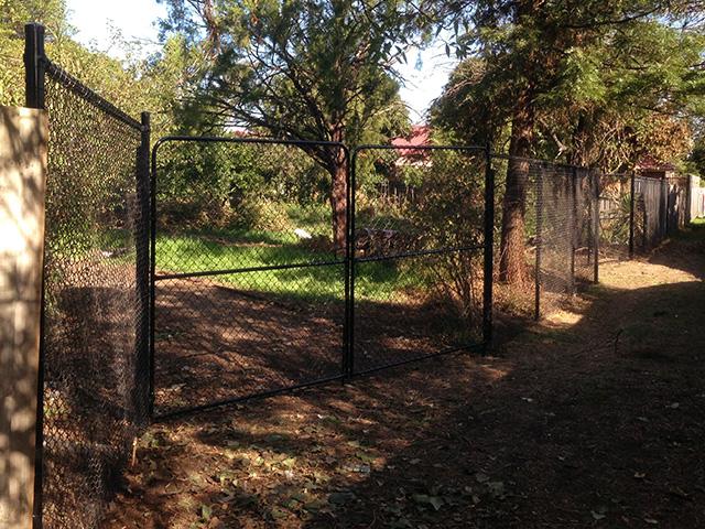 Chain Mesh Fence & Gates - Heidelberg