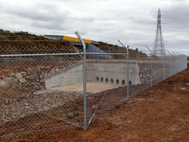 Chain Mesh Security Fencing - Deer Park Bypass