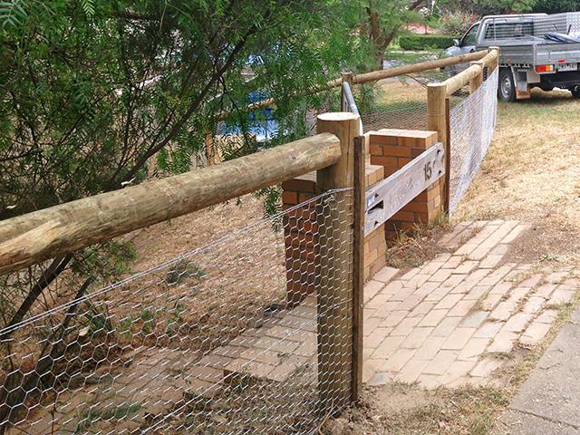Post & Rail Fence - Ivanhoe